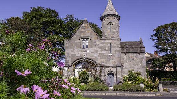 Clontarf Castle entrance